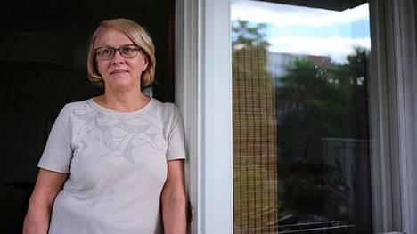 Espoolainen Aulikki Torniainen odotti tulosta koronavirustestistä viisi vuorokautta ensimmäisen puhelinsoiton jälkeen