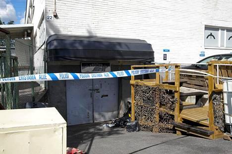 Poliisi on nauhoittanut Apache MC:n tilat Helsingin Metsälässä.