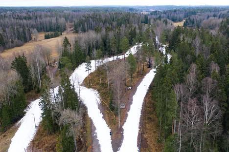 Vantaan Hakunilaan tehtiin latupohjia tammikuussa 2020.