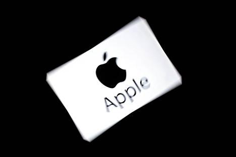 Apple puolustautuu sanomalla, että yhtiö on pelkästään välittäjä asiakkaiden ja sovellusten kehittäjien välillä.