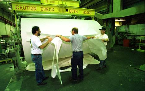 UPM tuottaa Minnesotassa Blandinin tehtaalla päällystettyä aikakauslehtipaperia. Samaa tuotetta Stora Enso valmisti Yhdysvalloissa vuosina 2000–2007.
