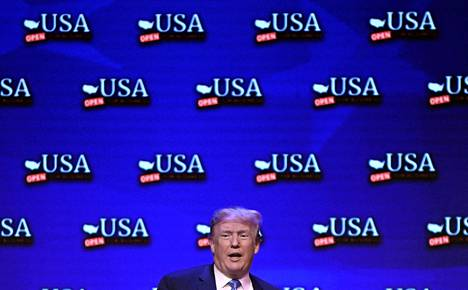 Yhdysvaltojen presidentti Donald Trump osallistui verouudistusta käsitelleeseen keskustelutilaisuuteen Las Vegasissa lauantaina.