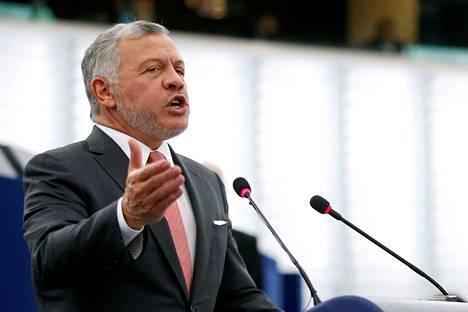 Jordanian kuningas Abdullah II pitämässä puhetta Ranskassa tammikuussa 2020.