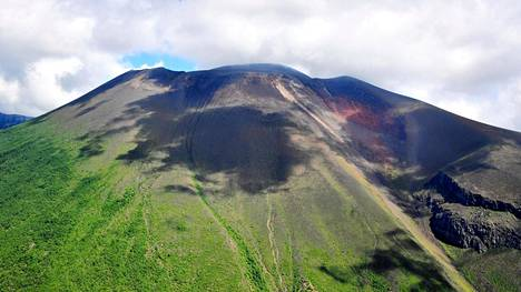 Asamayamavuori purkautui elokuussa , which straddles between Gunma and Nagano Prefectures, a day after a small eruption on August 8, 2019 in Japan. Japan Meteorological Agency raised its volcanic alert level. (Photo by The Asahi Shimbun via Getty Images )