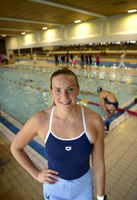 Jenna Laukkanen uinnin olympianäyttökilpailussa Speedo Cupissa Espoonlahden uimahallissa Espoossa syyskuussa 2020.