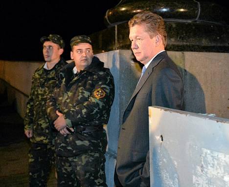 Gazpromin pääjohtaja Alexei Miller (oik.) osallistui kaasuneuvotteluihin.