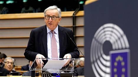 EU-komission puheenjohtaja Jean-Claude Juncker esitteli unionin mahdollisia kehityssuuntia hahmottelevan valkoisen kirjan EU-parlamentissa keskiviikkona.