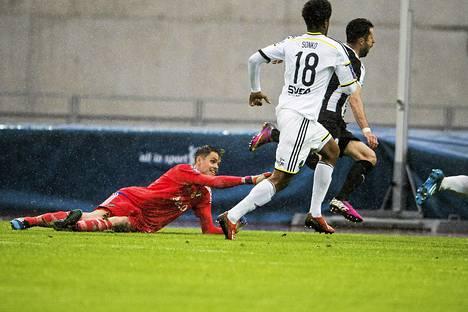 Admir Catovic teki VPS:n avausmaalin AIK:ta vastaan.