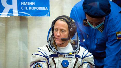 Yhdysvaltalainen astronautti Karen Nyberg on myös mukana elokuvassa.