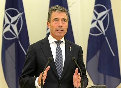 Naton pääsihteeri Anders Fogh Rasmussen perjantaina Vilnassa.