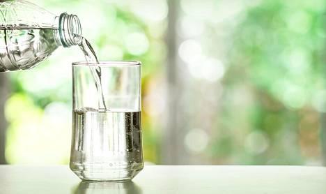 Pullovesiä markkinoidaan niihin lisätyillä vitamiineilla, hivenaineilla ja nyt myös kollageenilla.