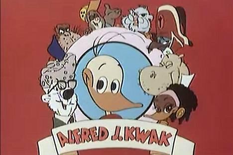 Alfred J. Kwakissa seikkaili ankanpoika Alfred Jodocus Kwak ystävineen.
