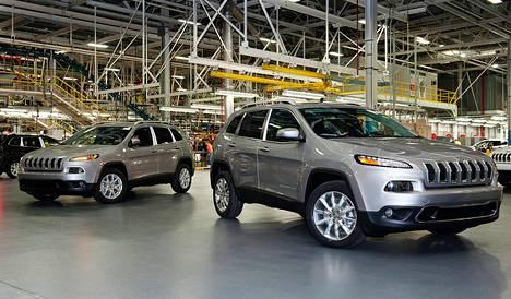 Jeep Cherokee on yksi Chryslerin takaisinvedettävistä automalleista.