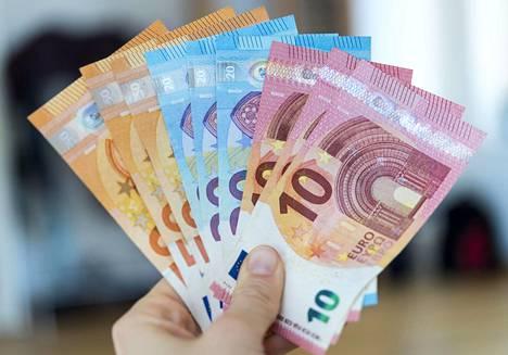 Finanssivalvonnan selvityksessä olivat mukana Invesdor, Springvest ja Privanet Securities, joilta jokaiselta tutkittiin kolmen yhtiön joukkorahoitusannit.