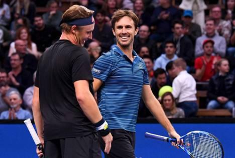 Henri Kontinen (vas.) ja Édouard Roger-Vasselin voittivat avausottelunsa Lyonin ATP-turnauksessa. Arkistokuva.