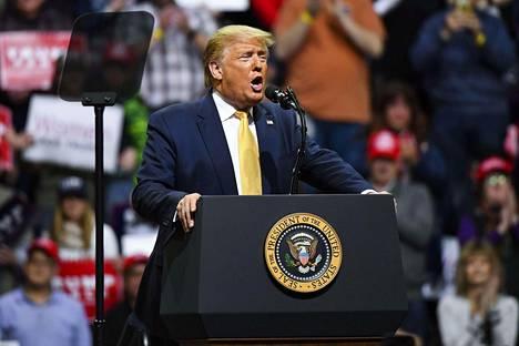 Donald Trump puhui kannattajilleen torstaina 20. helmikuuta Coloradossa.