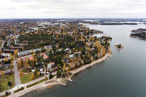 """Kokoomus haluaa Helsinkiin """"hyviä veronmaksajia"""", joita asuu muun muassa Espoon Westendissä."""