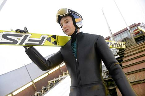 Harri Ollin hyppy ei kantanut Vikersundin kisassa sunnuntaina.