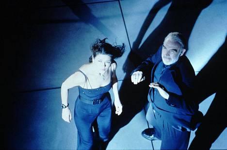 Catherine Zeta-Jones ja Sean Connery kohtaavat Ansa viritetty -elokuvassa.