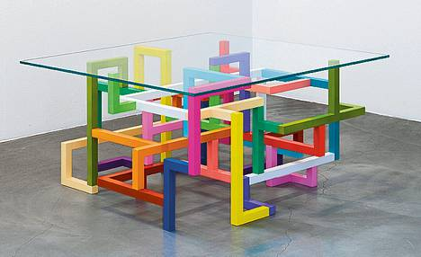 Primary Structure vuodelta 2012 on yksi Jacob Dahlgrenin näyttelyn teoksista.