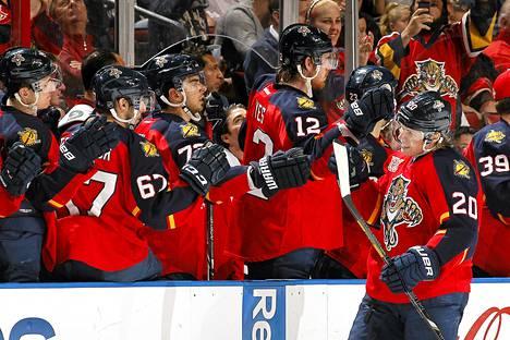 Sean Bergenheim (numero 20) on toinen Florida Panthersin suomalaispelaajista. Florida sai NHL:n ykkösvarausvuoron.