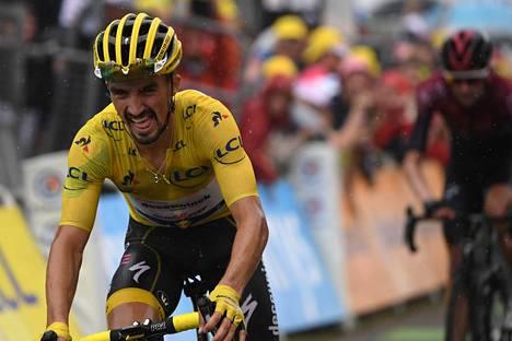 Ranskalainen Julian Alaphilippe johtaa Ranskan ympäriajoa minuutilla ja 35 sekunnilla, kun Tour kääntyy viimeiselle viikolleen.