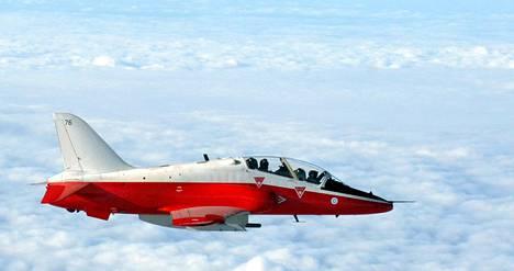 Ilmavoimat käyttää koulutuksessaan Hawk-suihkuharjoituskoneita.