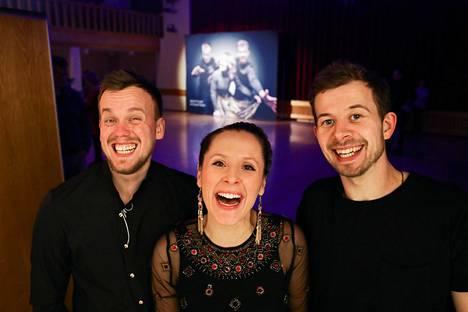 Trad.Attack!-yhtyeeseen kuuluvat Tõnu Tubli (vas.), Sandra Vabarna sekä Jalmar Vabarna.