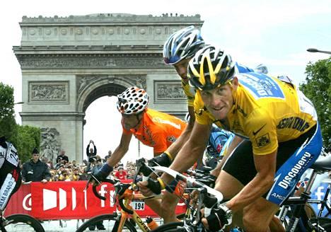 Lance Armstrong voitti viimeisen kerran Ranskan ympäriajon vuonna 2005. Kaikki hänen voittonsa mitätöitiin dopingin käytön takia.