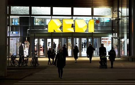 Kauppakeskus Redissä Helsingin Kalasatamassa oli tiistaina aiheettomaksi osoittautunut palohälytys.