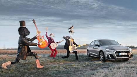 Aggressiivinen keula ja matala katto tekevät Audi A1:stä nopean näköisen auton. Juuri tätä enempää grilliä pikkuauton keulaan olisi mahdoton sovittaa. Kesän HS-koeajojen variksenpelätinkuvasarja 6/13.