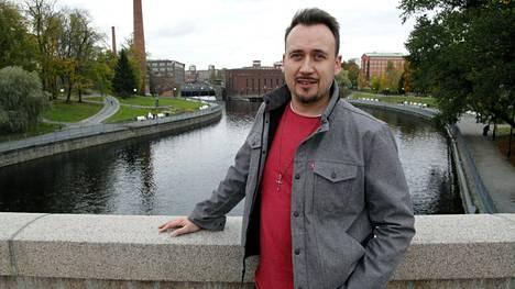 """Tamperelainen Jussi Niemi sai koronaviruksen Ischglissä, mutta selvisi lievillä oireilla. """"Pari viikkoa sairastamisen jälkeen hengästytti silti."""""""