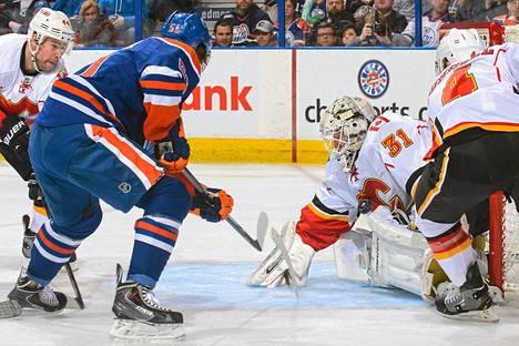 Karri Rämö päästi vain yhden maalin paluuottelussaan Edmontonia vastaan.