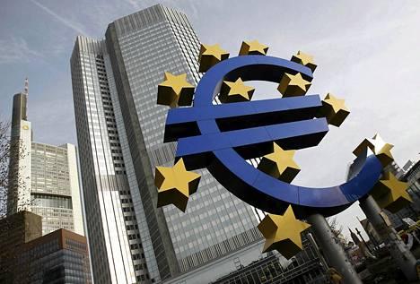 Euroopan keskuspankin pääkonttori Frankfurtissa joulukuussa.