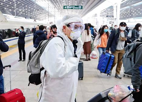 Matkustajia palasi Hubein provinssista Pekingiin keskiviikkona.