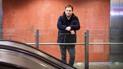 Mikko Hankonen ihmettelee maakunnista muuttavia suomalaisia, jotka hankkivat kalliin vuokra-asunnon kantakaupungista, kun samalla rahalla voisi ostaa ison omistusasunnon idästä.
