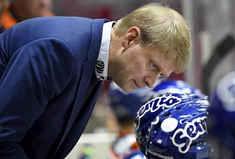 Jukka Rautakorven ohjeille on käyttöä, että Tapparan kurssi oikenisi.