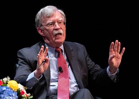 John Bolton kertoo uudessa kirjassaan ajastaan Valkoisen talon turvallisuusneuvonantajana.