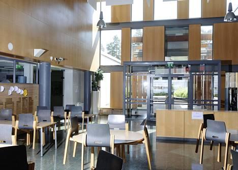 Espoossa siirrytään tulevaisuudessa yhä enemmän Espoon Matinlahden koulun kaltaisiin isoihin yksiköihin.
