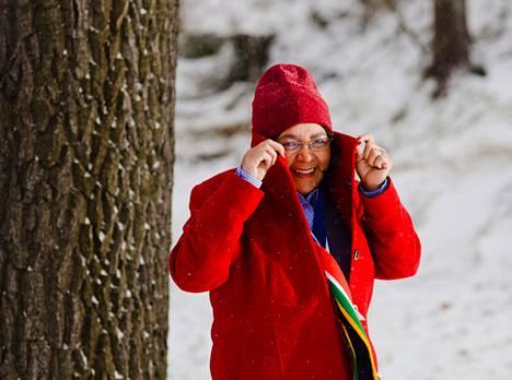 Kapkaupungin kaupunginjohtaja Patricia de Lille saapui lumiseen Helsinkiin vastaanottamaan maailman designpääkaupungin titteliä.