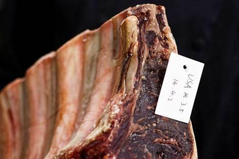 Naudanlihan kulutus on kasvanut nopeasti Kiinassa. Kuvassa Yhdysvalloista tuotua nautaa pekingiläisessä ravintolassa.