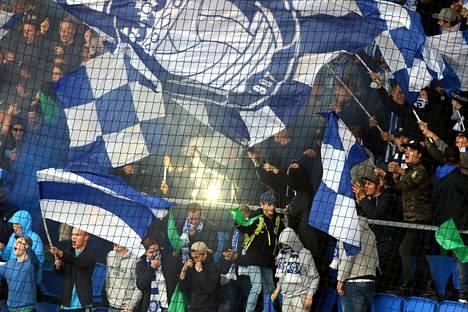 Viime kaudella HJK:n kotiotteluissa käytettiin turvaverkkoa kannattajapäädyn edessä joissain otteluissa.