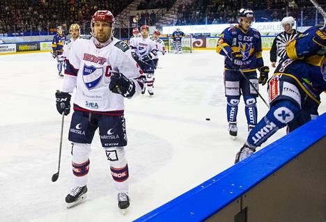 Kapteeni Arttu Luttinen oli ehtinyt jo unohtaa miltä voittaminen tuntuu.