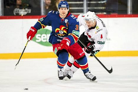 Niko Kapasen edustama Jokerit löylytti Metallurg Novokuznetskia jääkiekon KHL-liigassa.