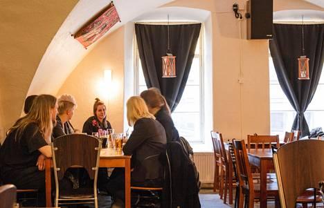 Humanistien Topelia-korttelissa sijaitsee ydinkeskustan parhaiten piiloutunut pubi.