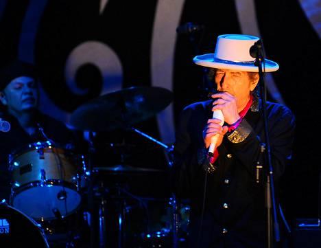 Bob Dylan esiintyi Ho Chi Minhin kaupungissa Vietnamissa huhtikuussa 2011.