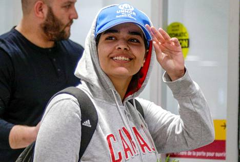 Rahaf Mohammed al-Qunun saapui lauantaina Pearsonin kansainväliselle lentoasemalle Torontoon.