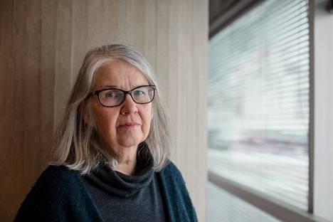 Arkkitehti Mona Schalin on kritisoinut pidempään Elielinaukion uusia suunnitelmia.