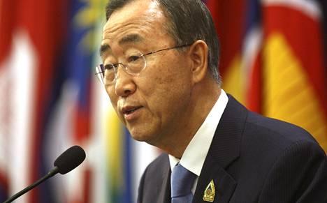Ban Ki Moon puhui lehdistötilaisuudessa Nusa Duassa Balilla lauantaina.