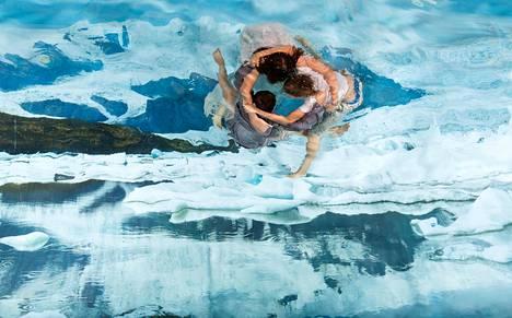 Susanna Majuri: Children (2017).